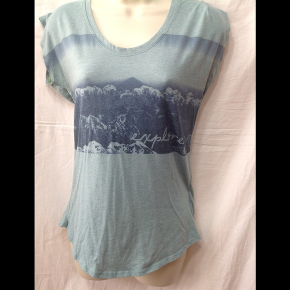 The North Face Tops - Women's size Small THE NORTH FACE lightweight tee